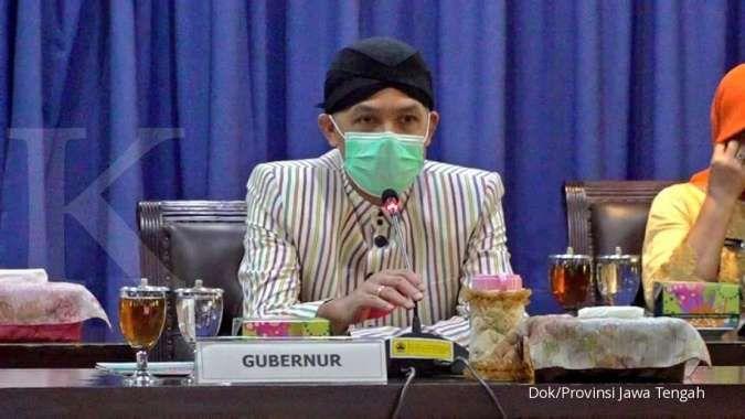 Gubernur Jawa Tengah Ganjar Pranowo saat menggelar rapat penanganan limbah di Bengawan Solo di Gedung B, Sekretariat Daerah Provinsi Jawa TengahKamis (9/7/2020)