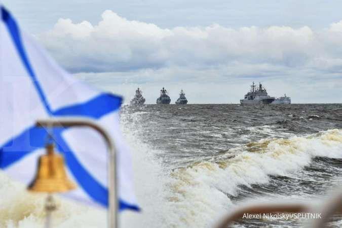 Libatkan belasan kapal perang, Rusia dan China gelar latihan militer di Laut Jepang