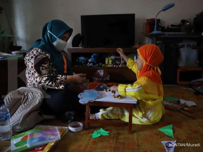 PSBB Jakarta berlaku lagi, 5 kegiatan ini bisa Anda lakukan bersama anak di rumah