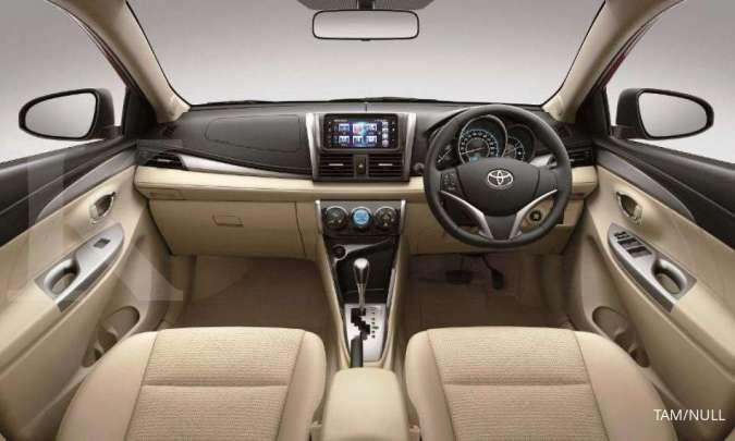 Harga mobil bekas Toyota Yaris (Interior Toyota Yaris)