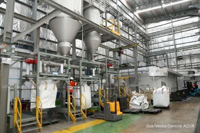 Veolia Indonesia dan Danone-AQUA bangun pabrik daur ulang botol plastik di Pasuruan