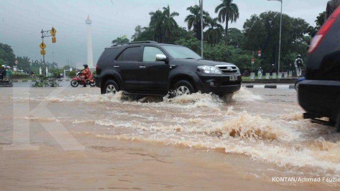 Waspada, inilah 4 masalah ban saat hujan dan cuaca ekstrem