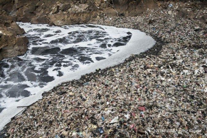 Luhut: Jangan macam-macam dengan Sungai Citarum