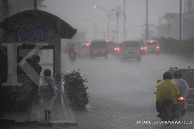 Peringatan BMKG: Ada potensi multi risiko akibat cuaca dan gempa hingga Maret