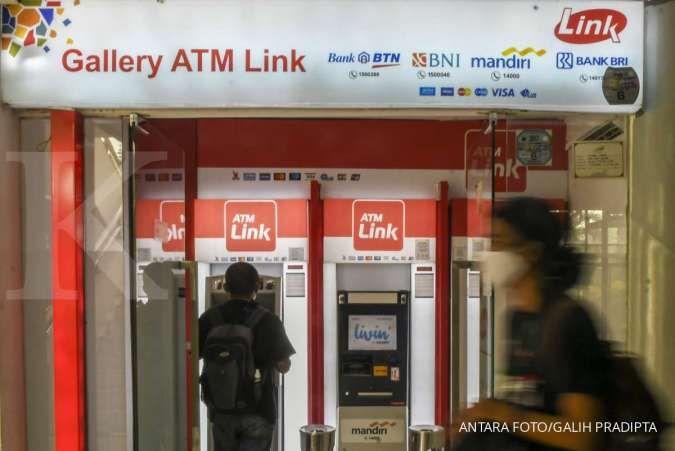 Pengenaan tarif di ATM Link ditunda, begini status dugaan kartel Himbara di KPPU
