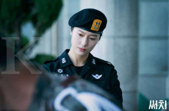 Drakor thriller misteri, penampilan Krystal sebagai tentara di drama Korea terbaru Search.