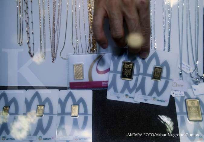 Harga emas Antam hari ini naik Rp 8.000 menjadi Rp 953.000 per gram pada Jumat (30/7)