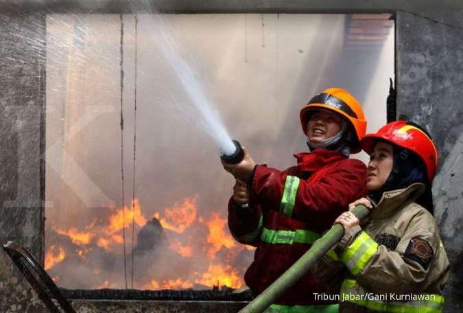 Kebakaran di Kemensos hanguskan studio di lantai 1