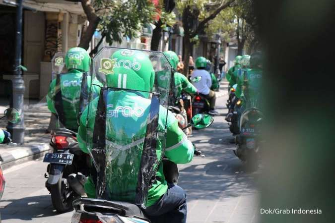 Grab Indonesia lega polisi tangkap sindikat pembobol dana nasabah dan akun ojek online Rp 21 miliar. Ratusan mitra pengemudi Grab jadi korban.