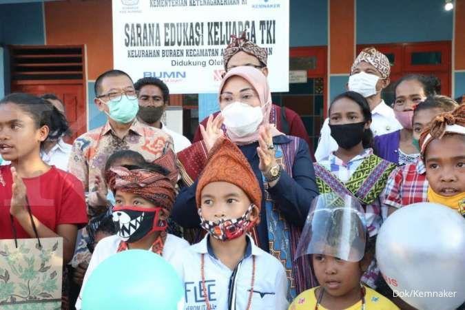 Kunjungan Menteri Ketenagakerjaan Ida Fauziyah dalam rangka penguatan program Desa Migran Produktif, Jumat (13/11).