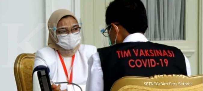 Kepala BPOM juga turut disuntik vaksin Covid-19 perdana di Istana