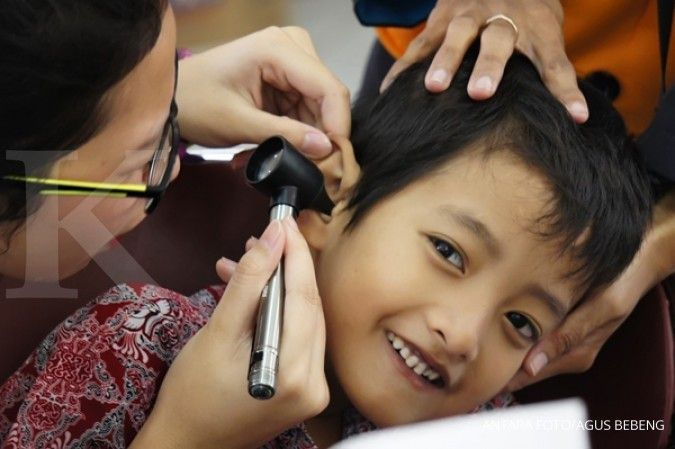 7 Cara merawat kesehatan telinga dan pendengaran