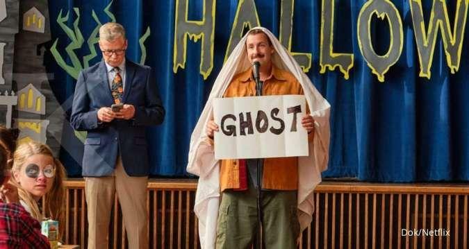 Hubie Halloween, film Netflix terbaru 2020 dibintangi Adam Sandler telah merilis trailer genre komedi misteri