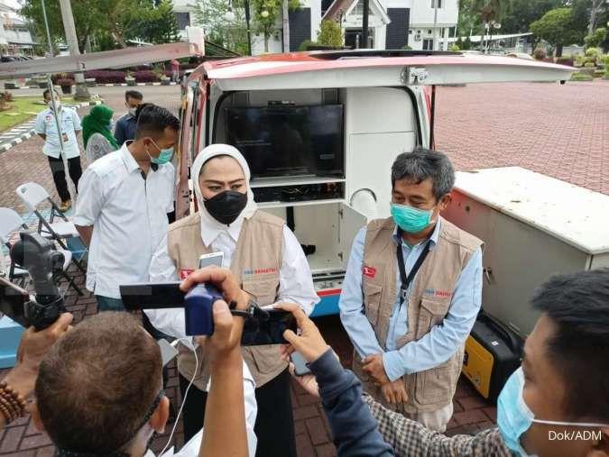 Astra Daihatsu Motor donasikan mobil klinik dan informasi kepada Pemkab Karawang