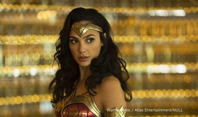 Gal Gadot aktor Wonder Woman 1984 ajak fans pakai kostum superhero, sambut DC Fandome