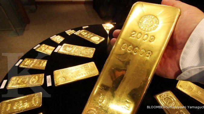 Emas perpanjang kenaikannya