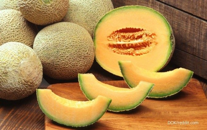 One of the benefits of melons is to maintain the health of your eyes.