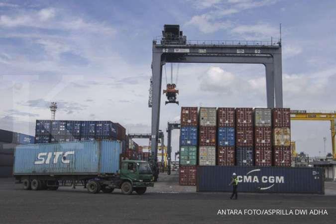 Ekonom BCA perkirakan neraca perdagangan Agustus 2021 surplus US$ 2,4 miliar
