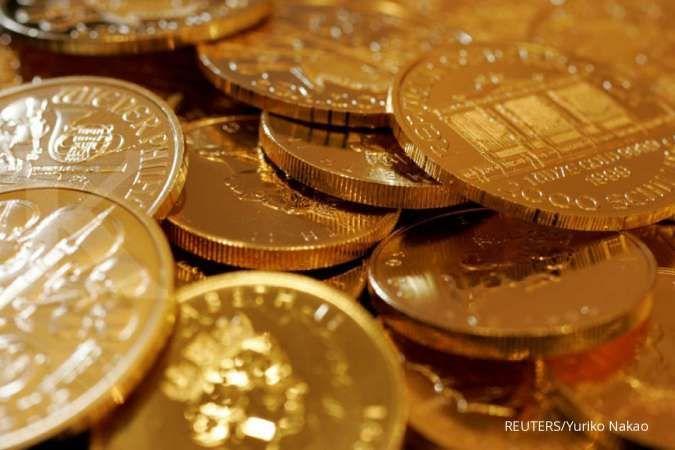 Jelang siang, harga emas berada di dekat level tertinggi 8 tahun