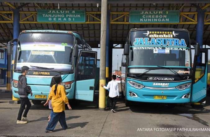 Mulai 1 Juli 2020 kapasitas penumpang bus naik jadi 70%