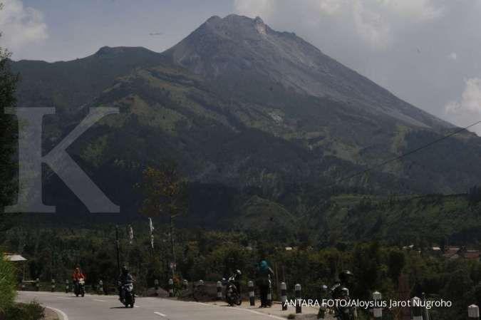 Gunung Merapi akan meletus, guguran lava meluncur ke barat
