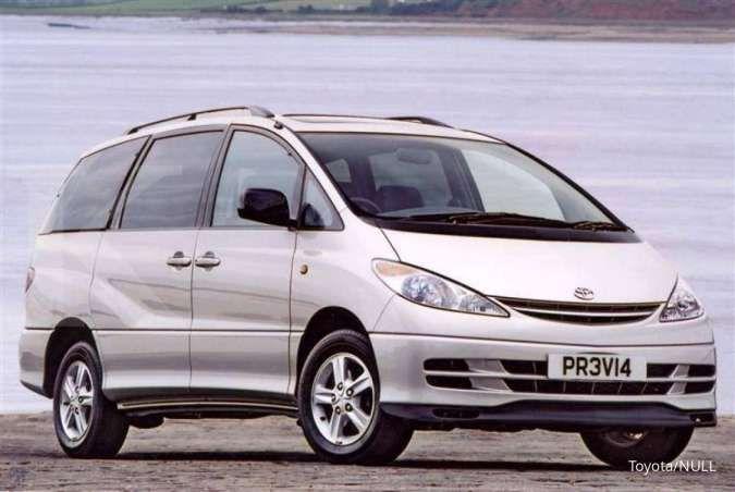 Harga mobil bekas MPV premium mulai Rp 80 juta, bisa bawa pulang Toyota Previa