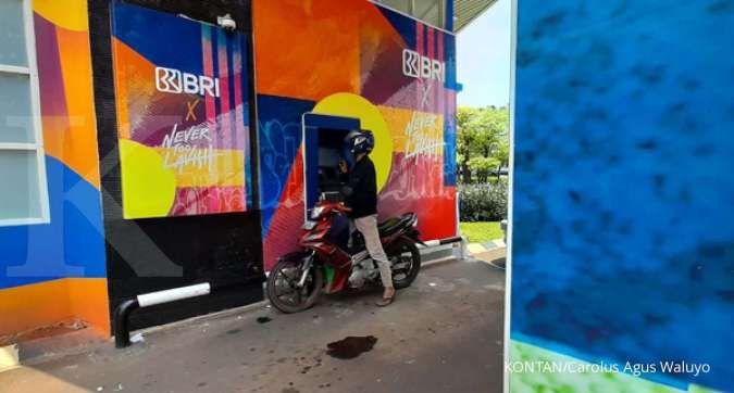 Turun 1,08%, harga saham BBRI memerah di akhir perdagangan bursa Rabu (15/9)