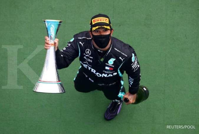 Satu kemenangan lagi, Hamilton samai rekor Schumacher 91 kali juara F1