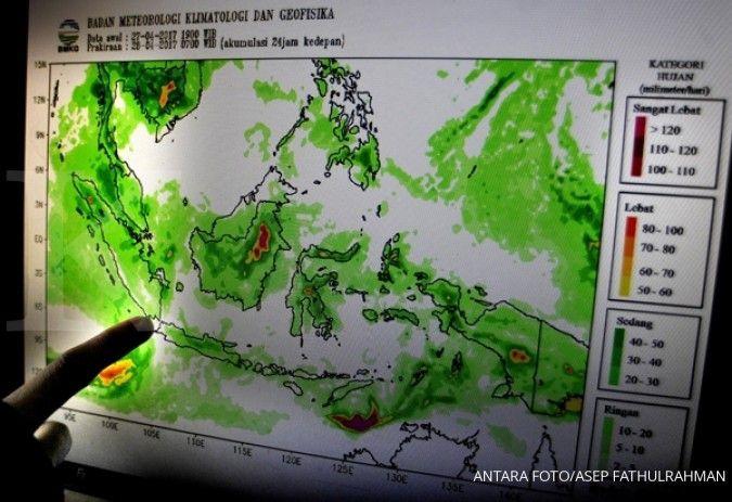 Cuaca besok di Banten sebagian besar berawan, hujan sedang di Lebak