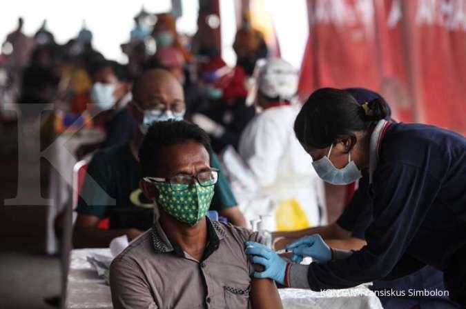Jokowi targetkan vaksinasi 7,5 juta penduduk DKI Jakarta rampung Agustus