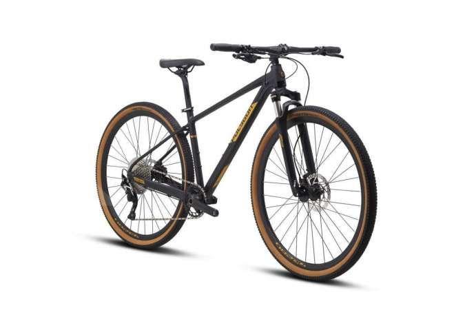 Sepeda Polygon Heist X7